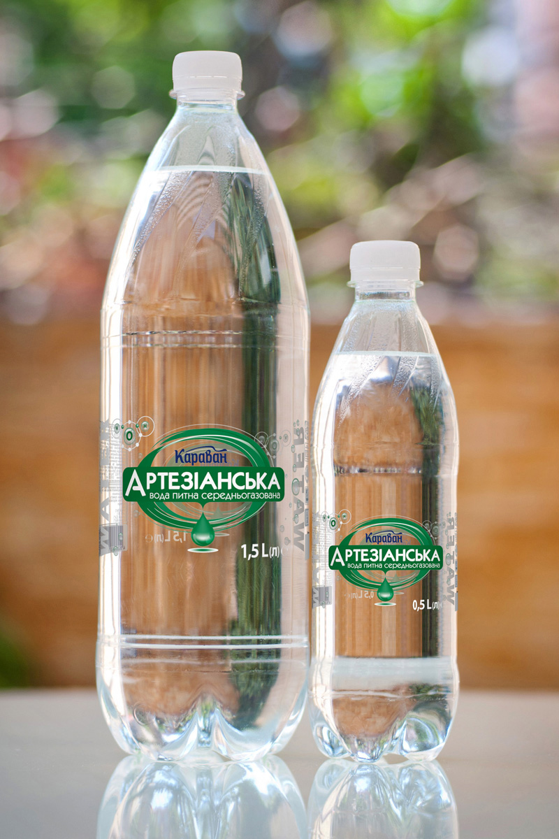 Artesian low carbonated drinking water 1.5l, 0.5l